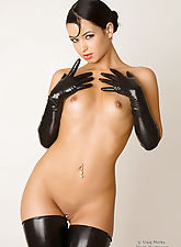 Luscious in Leather Nea