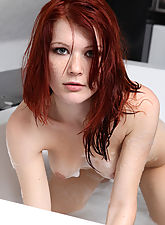 nubile sex, Sexy Lynette is taking a foamy bath and exposing her stunning curves